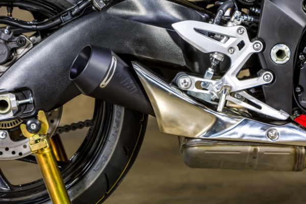 2016_GSXS-1000 Slip On System GP Black