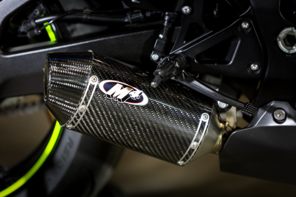 2017 GSXR 1000 Full System with Carbon Fiber Street Slayer Muffler detail1